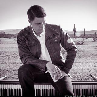 Image of American pianist John Stefanski