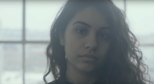 alessia-cara-scars-to-your-beautiful