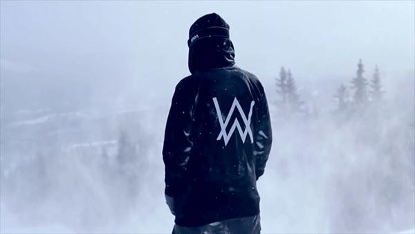 alan-walker-alone